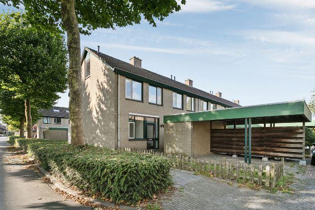 Eltingerhof 100-119 & Thuvinestraat 40-44 & Iepenlaan 2-58 & De lariks 5-14 & De plataan 3-19 &  Populierenlaan 9-29 & Acaciapad 2-9 & De droo 2-20 & De hazelaar 3-12 & Kennedystraat 28-34