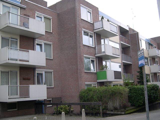 Brugweg 25-123 & Vianenstraat 1-19