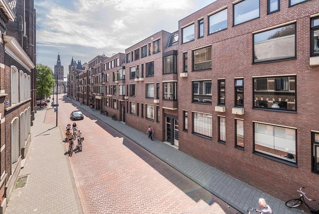 St. Josephstraat 56 – 156